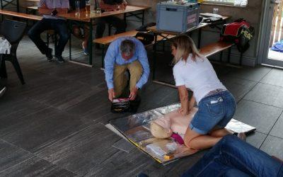 Defibrillator-Schulung beim TCK